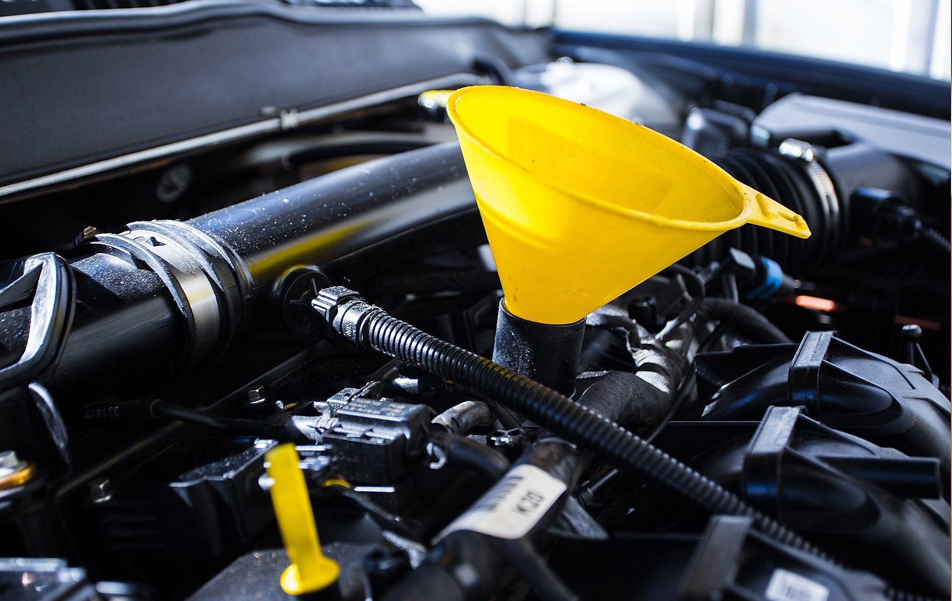 Synthetic Blend Oil >> How to Change Your Oil | Pennzoil